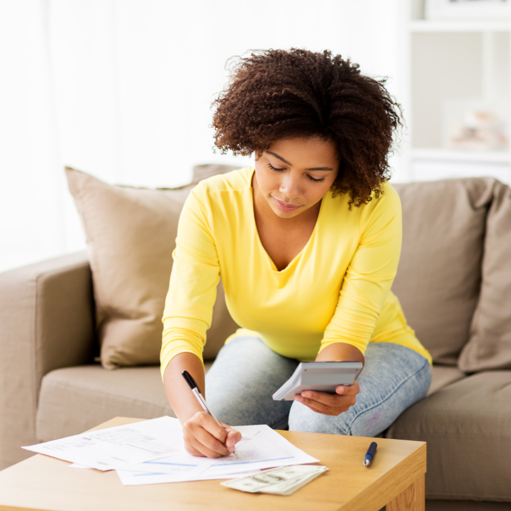 Your financial health: Lesson 2: Monthly housekeeping is a must. Draw up a monthly budget.